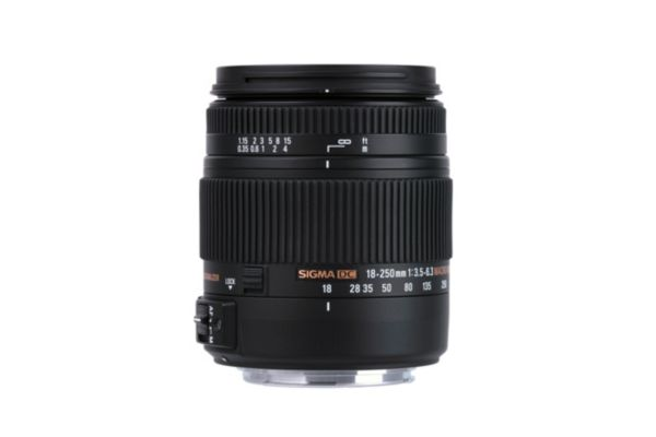 Objectif sigma 18-250mm f/3,5-6,3 dc macro os hsm canon