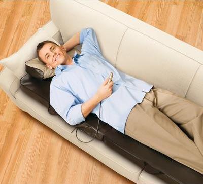 dossier et fauteuil massant matelas shiatsu homedics. Black Bedroom Furniture Sets. Home Design Ideas